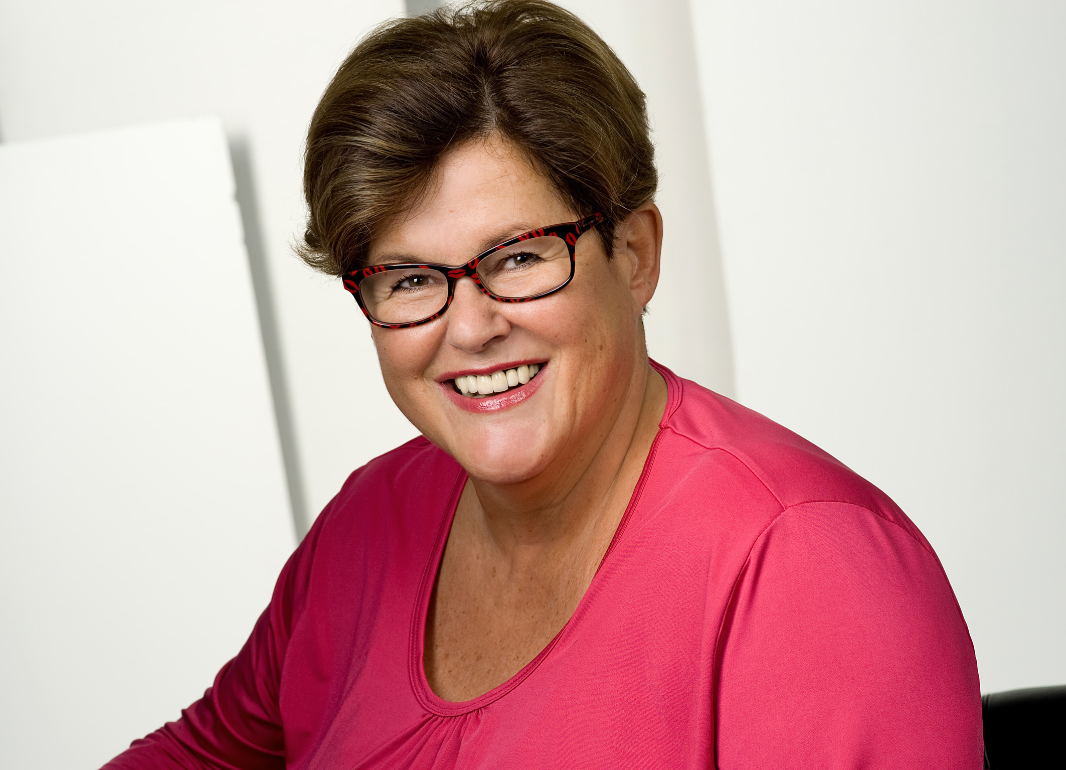 Brigitte Loderer - Senior Consultant